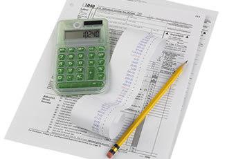 Pago de impuestos papel calculadora lapiz foro
