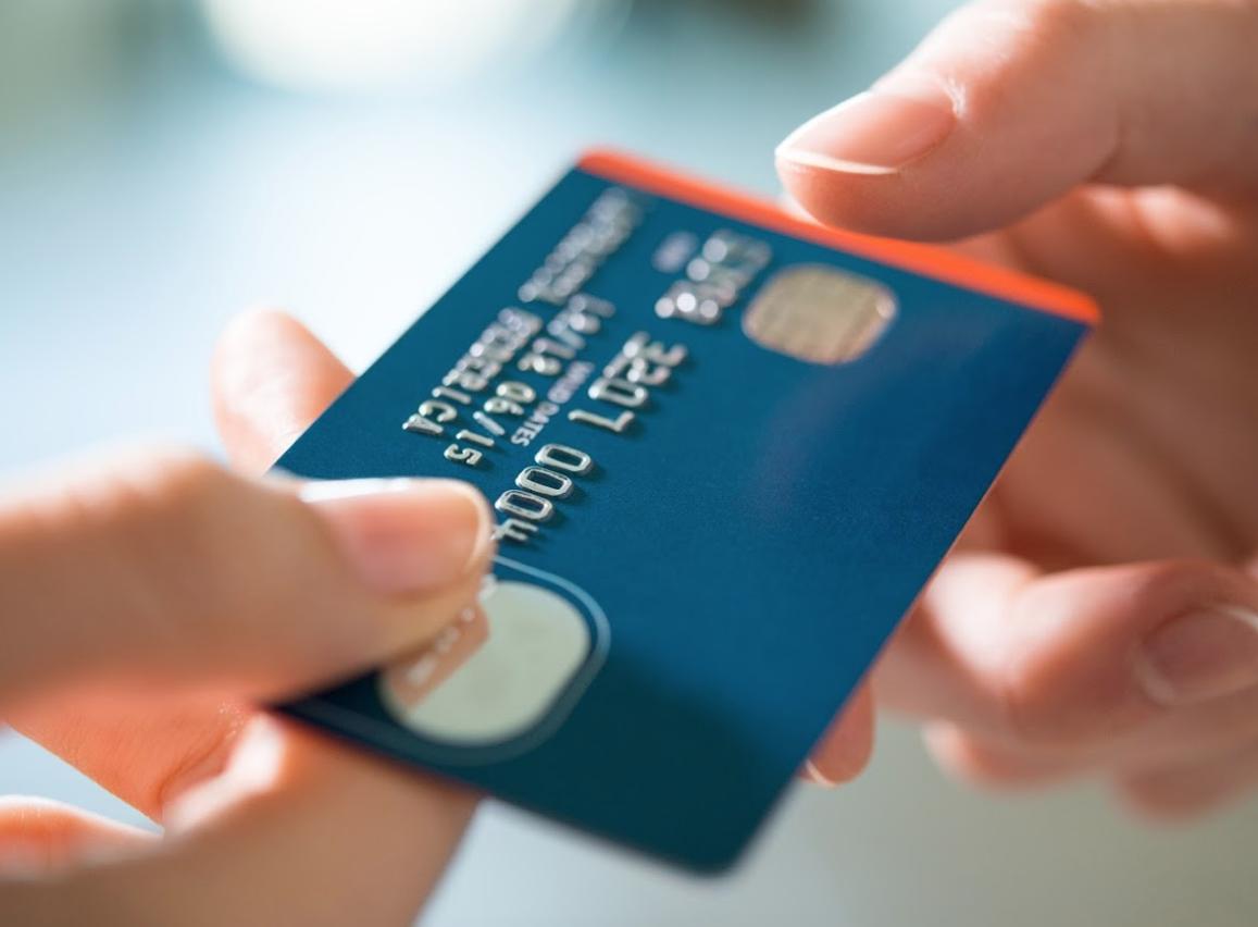 Pago de impuestos: Pago en línea con tarjetas de crédito