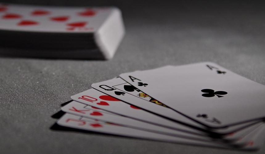 liquidez internacional poker