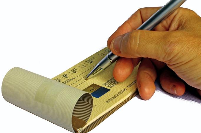 Devolución impuestos: ¿Tengo cheques no cobrados?
