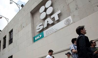 El SAT está pidiendo que le regresen la devolución de impuestos