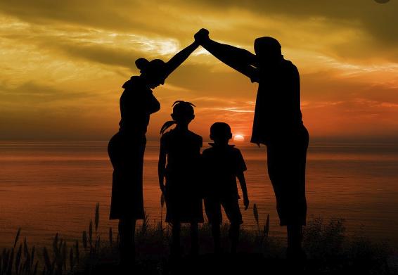 ¿Quiénes pueden recibir el bono base familiar?