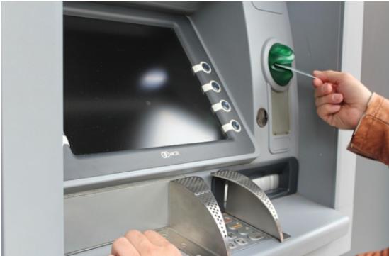 ¿Cómo sacar dinero de un cajero automático en Chile?
