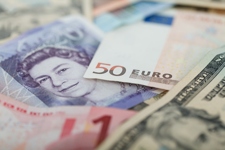 ¿Qué es conversión de divisas?