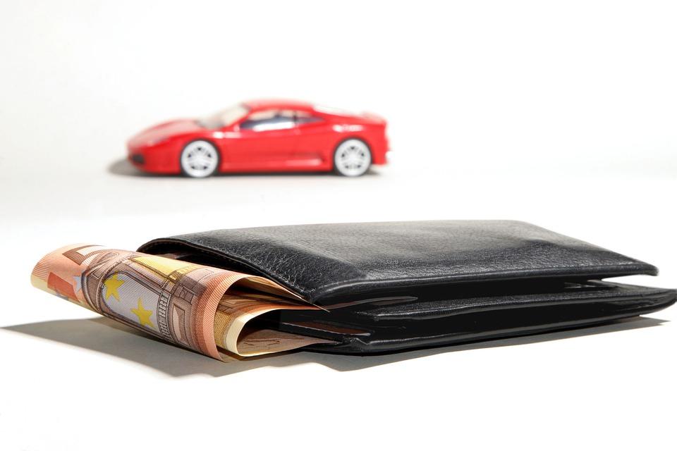 ¿Cuándo se paga el impuesto vehicular?