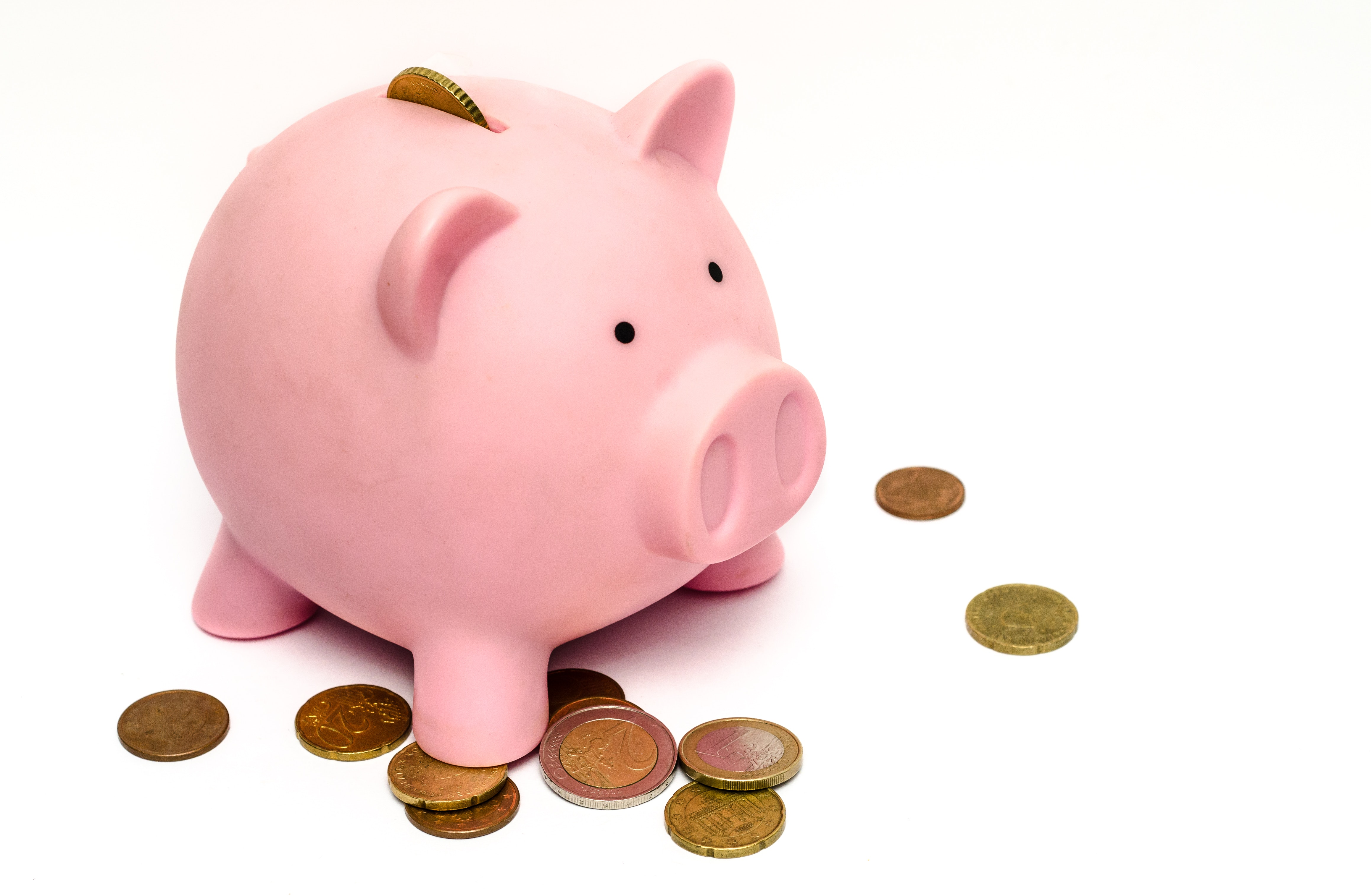 ¿Cuál es la diferencia entre ahorro formal e informal?