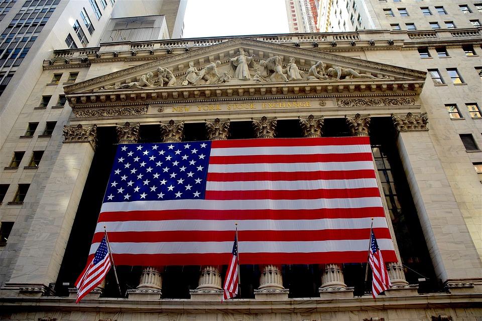 ¿Cómo invertir en la Bolsa de Valores de New York desde Perú?