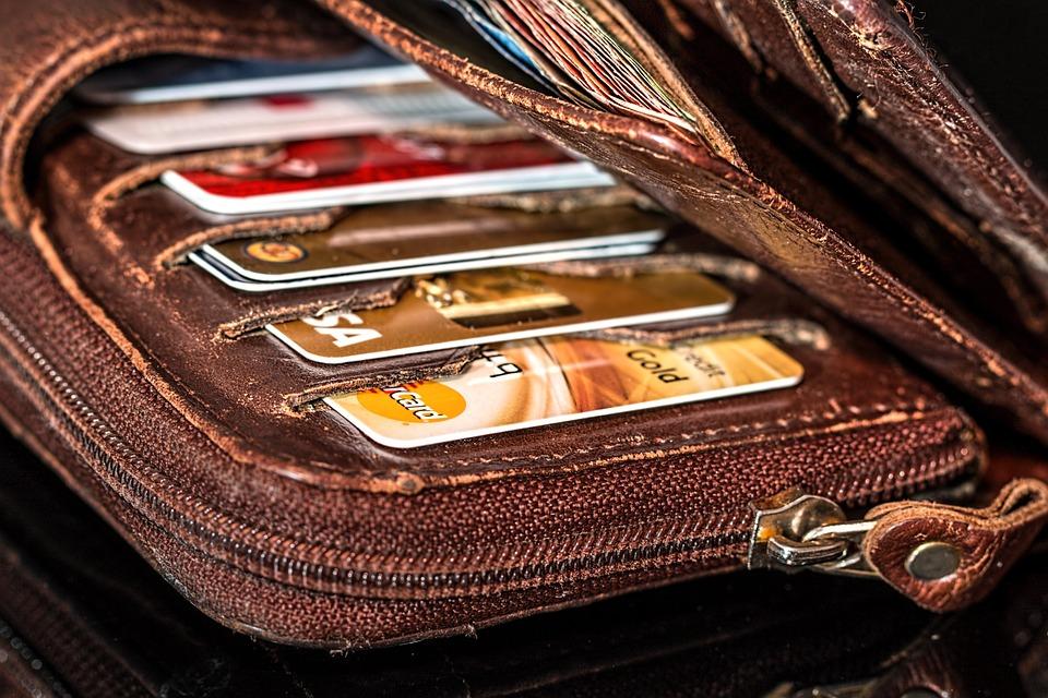 ¿Cómo calcular cuota de la tarjeta de crédito?