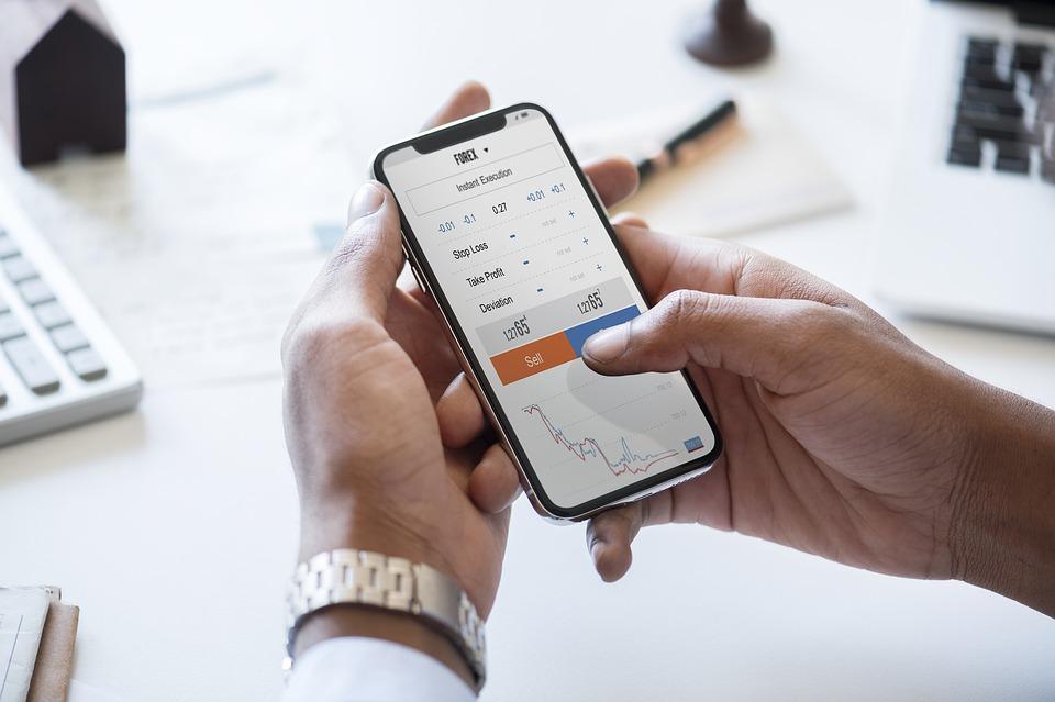 ¿Qué es lo que se negocia en la bolsa de valores?