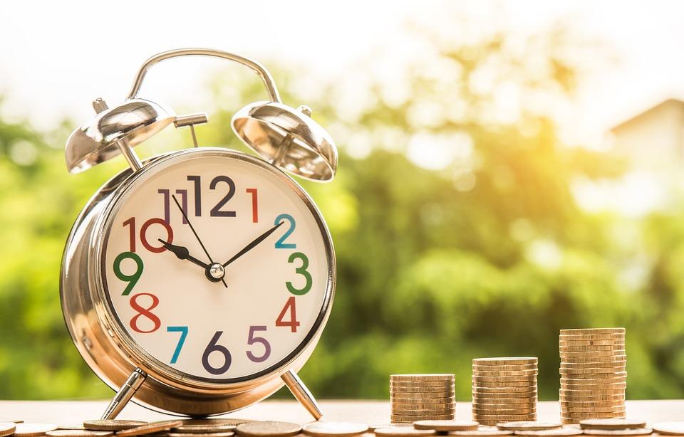 ¿Cuánto tiempo debes trabajar para tener derecho a gratificación?