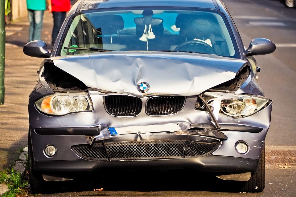 ¿Qué significa el deducible en un seguro de auto?