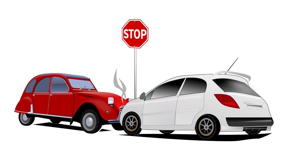 ¿Qué pasa si no tengo seguro de auto y choco?