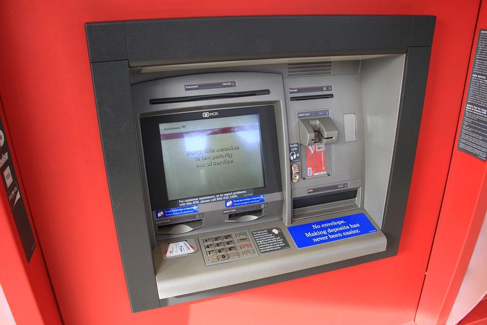 ¿Cómo desbloquear mi tarjeta de débito?