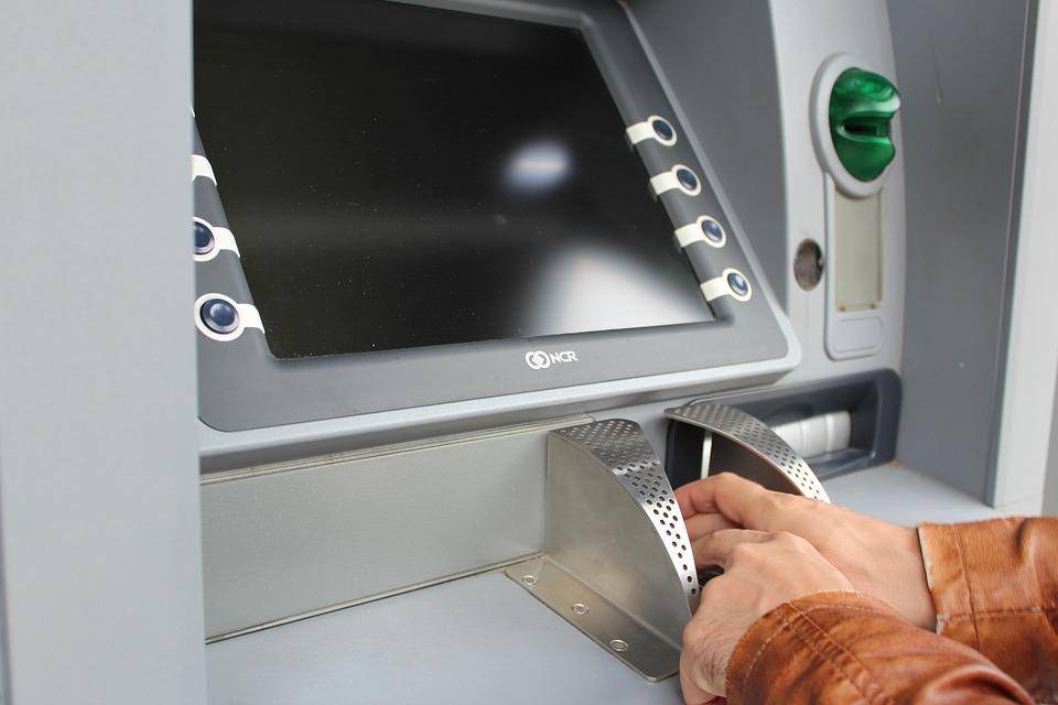 ¿Qué bancos hay en Plaza de las Américas?