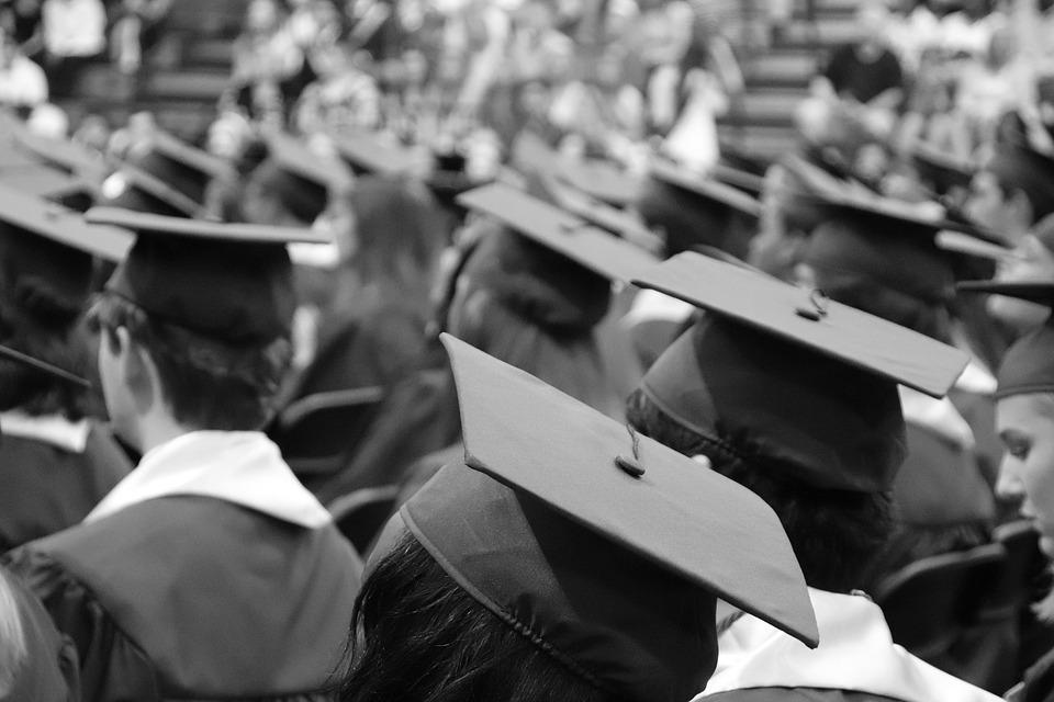 ¿Qué universidades convalidan con institutos técnicos?