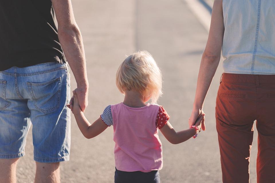 ¿Cuánto es la deducción por hijo en ganancias?