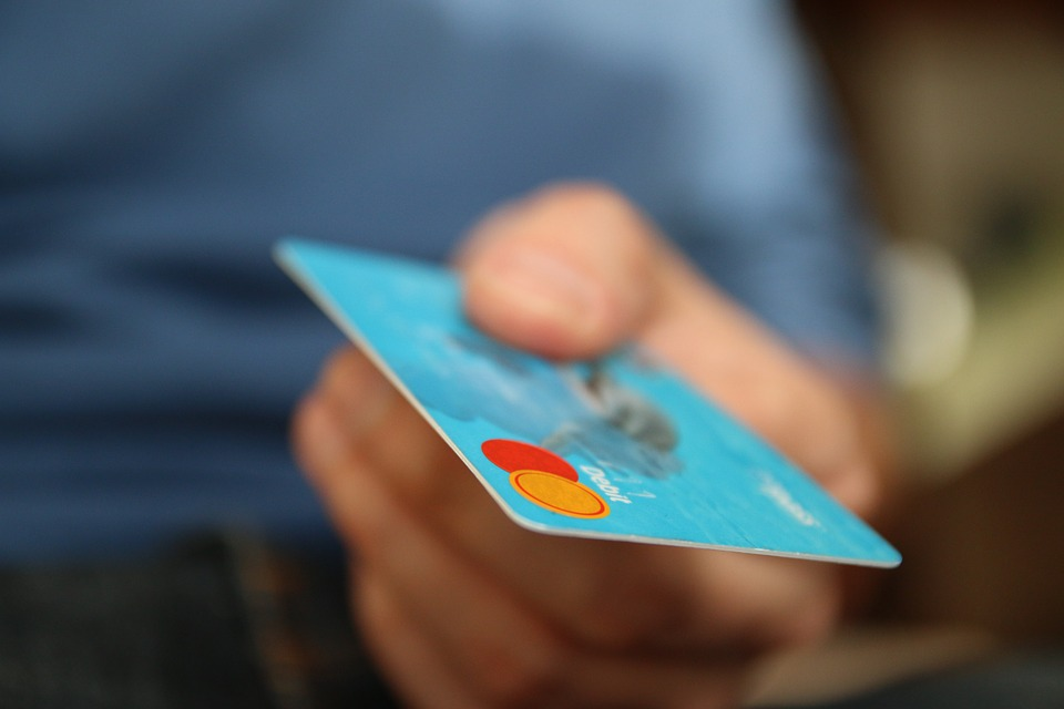 Tarjetas de débito para menos de 21 años