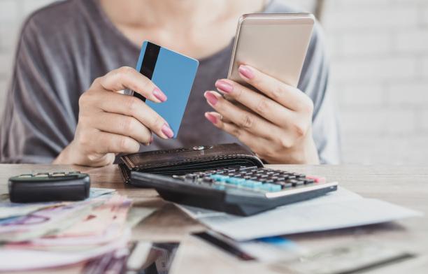 ¿Cómo cancelar una compra con tarjeta de crédito?