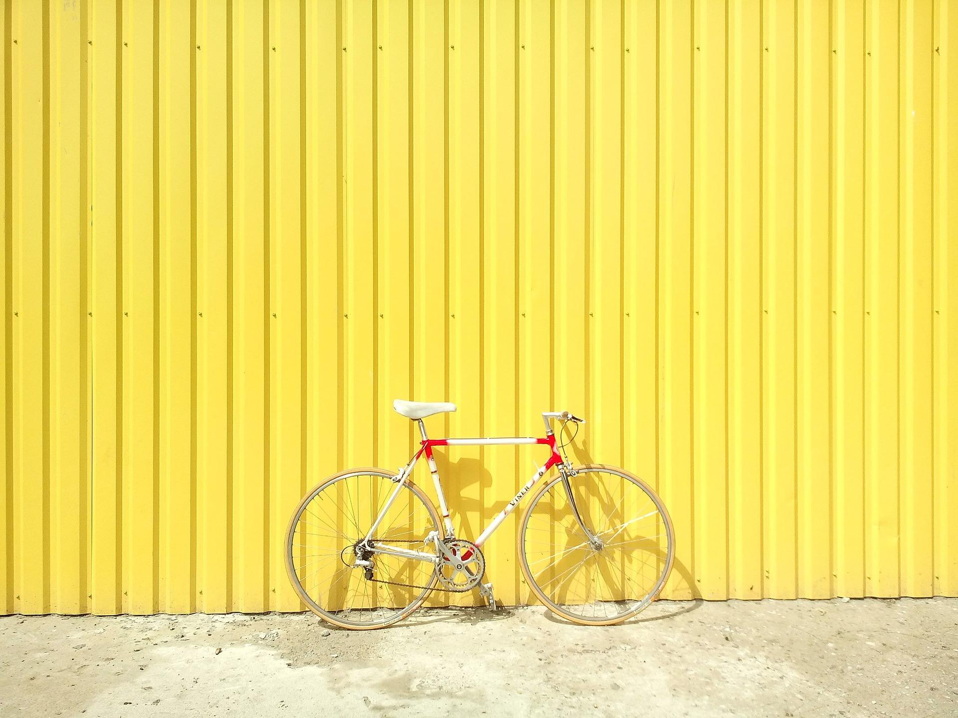¿El arriendo de bicicletas paga IVA?