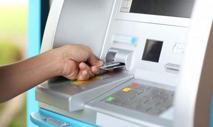 Tarjetas de débito con retiros gratuitos en cajeros