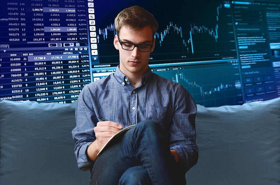 ¿Cuáles son las funciones de un trader?