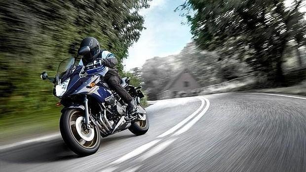 ¿Cómo saber si mi moto tiene comparendos?