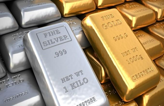 Diferencias entre invertir en oro y plata