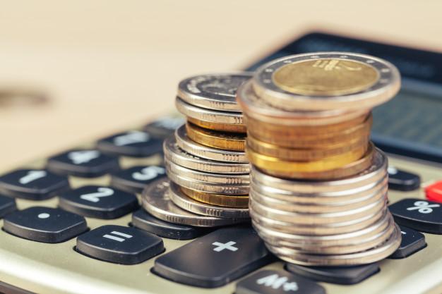 ¿Qué entidades ofrecen microcréditos en el Perú?